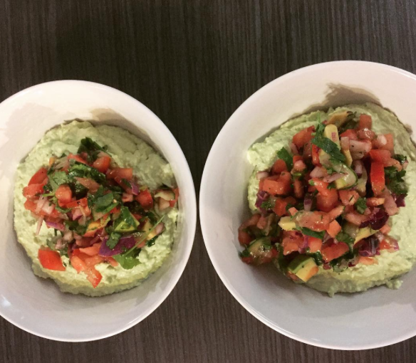 avocado goodness & tomato salsa @petraverschueren