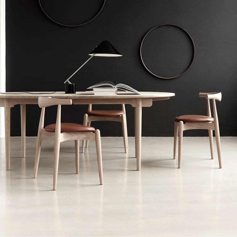 CH20 Elbow Chair designed in 1956. Image: Carl Hansen & Søn