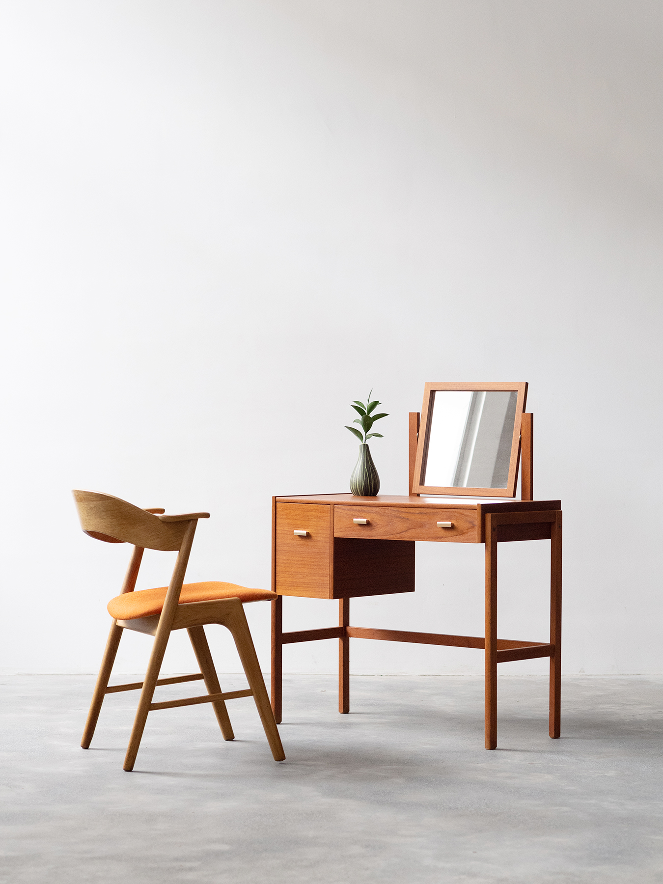 Noden Scandinavian Vintage Furniture