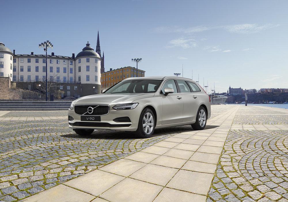 61 Volvo V90 copy.jpg