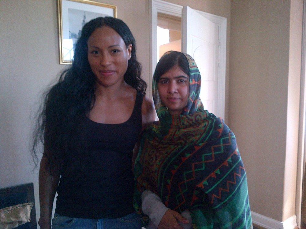Tøffe damer: Cecilia Brækhus og Malala Yousafzai er begge forbilder. Foto:  ukjent