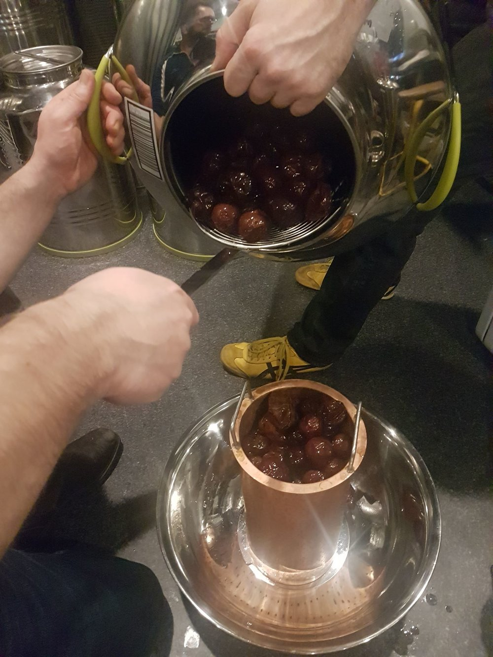 Making Davidsonia Gin at Animus Distillery