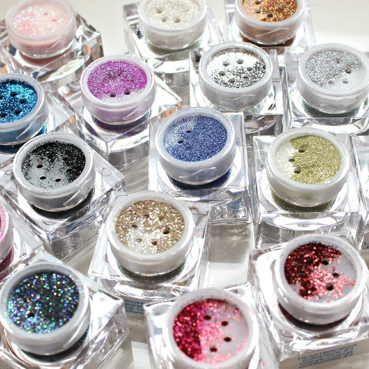 lit cosmetics loose glitters - lit was lit before lit was even a thing. lit taught us to love ourselves no matter our size because we all sparkle in our own special way.