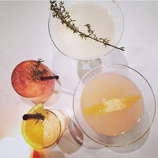 Já experimentou nossos drinks?! De criações exclusivas à clássicos da mixologia mundial, nosso bar agrada todos os gostos!