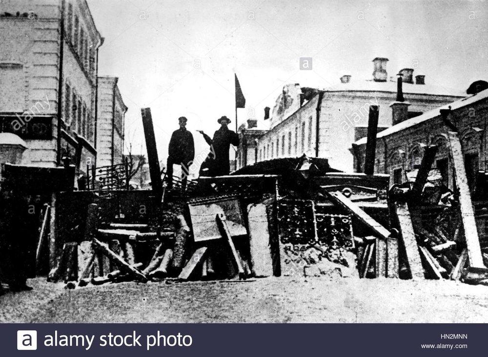 barricades-in-moly-brouny-street-1905-russia-russian-revolution-of-HN2MNN.jpg