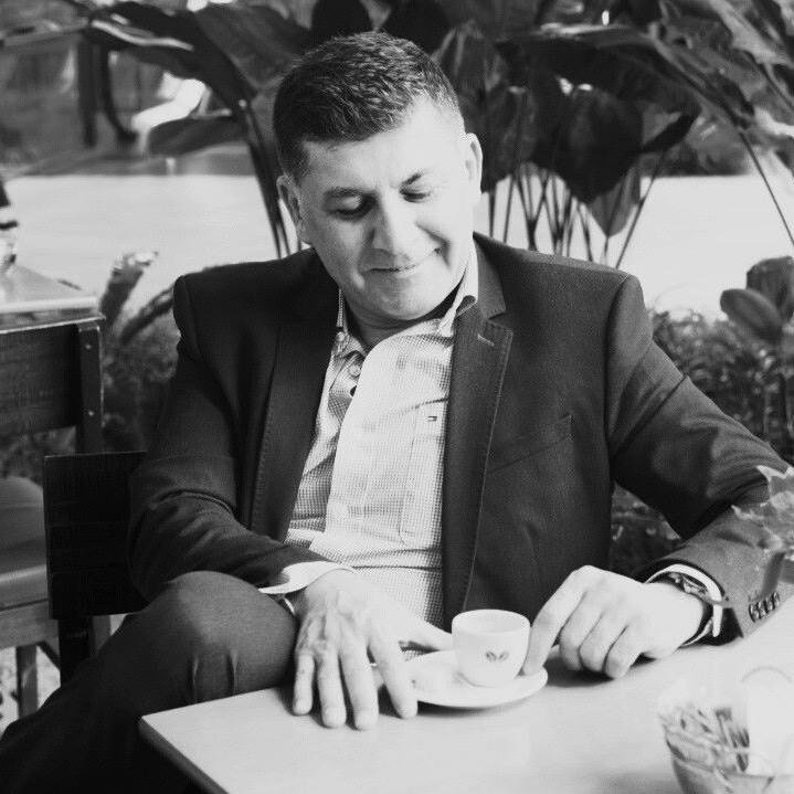 Roberto Uyvari Jr