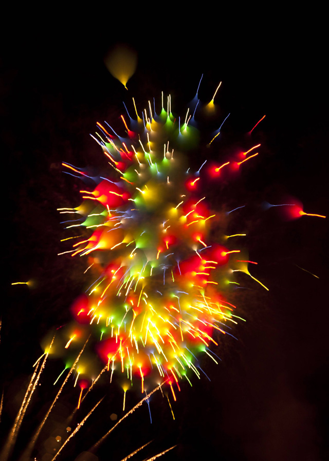 Long-Exposure-Firework7.jpg