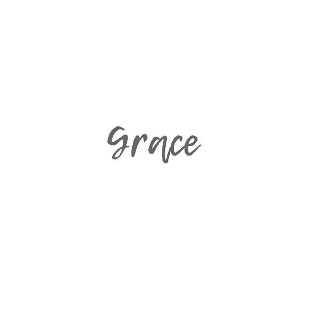 Grace.  _ That moment when things aren't going your way, when someone angers you, when your past bubbles to the surface... when you want to quit, when you convince yourself there is another way, an easier way... when things feel really heavy, but instead of running... or tightening, you decide to soften, you decide to stay. _ Grace. ♡ _ I'm leaving Maui with an extremely full heart. Full of love for this Island, for the people I've met, for my soul sister @holisticinhawaii and her beautiful family, for my teachers, @kristinbosteels and @yogaontheinside , for the things I've learned- both on and off the mat, for the food, for my fierce independence, and especially for my strength... more strength than I ever could have imagined.  _ ♡♡♡