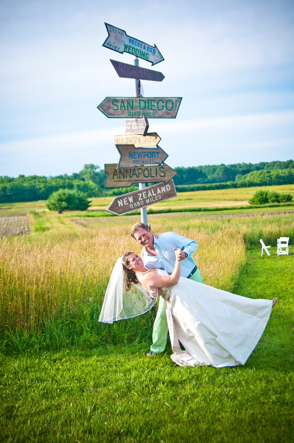 furry wedding dip - lake max meadows