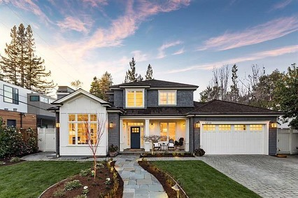 ⭐️Happy Monday!⭐️Several beautiful homes out of Menlo Park and Redwood City make today's list! Here are last week's most and least expensive homes sold in Silicon Valley🏡⠀ ⠀ 💰⬆️⠀ 📍1210 Bay Laurel Drive, Menlo Park⠀ 6 🛏 7 🛁⠀ 5,196 SqFt ⠀ 10,500 Lot⠀ List Price: $6,488,000 ⠀ Sale Price: $6,810,000⠀ Listed by: DeLeon Team, DeLeon Realty⠀ ⠀ 💰⬇️⠀ 📍395 Sequoia Avenue, Redwood City⠀ 2 🛏 1 🛁⠀ 870 SqFt ⠀ 3,800 SqFt Lot⠀ List Price: $999,000 ⠀ Sale Price: $1,200,000⠀ Listed by: Drew Doran, Compass⠀ ⠀ 🔗link in bio for more photos and property details➡️