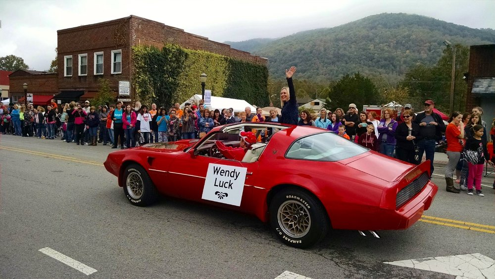 20-In Big Stone Gap Parade.jpg