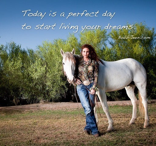 Today is a perfect day to start living your dreams. DREAM BIG @bobbi_jeen_olson Sullivan photography