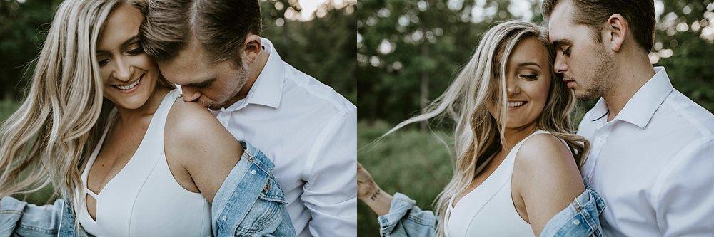 ST LOUIS MISSOURI PHOTOGRAPHER :: ENGAGEMENT COUPLE :: SHAW NATURE RESERVE 6.jpg