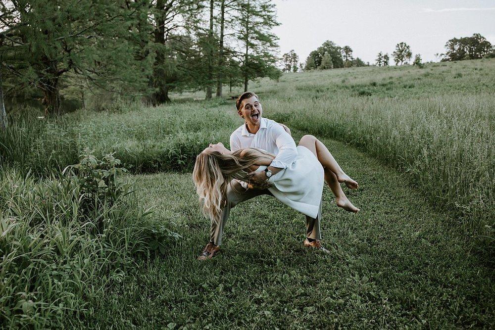 ST LOUIS MISSOURI PHOTOGRAPHER :: ENGAGEMENT COUPLE :: SHAW NATURE RESERVE 11.jpg
