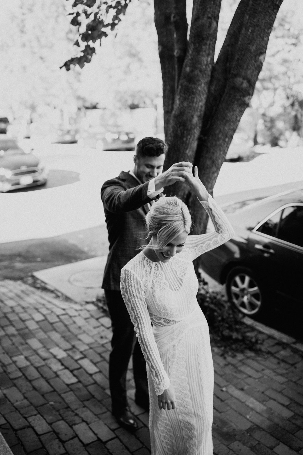 ST_LOUIS_WEDDING_PHOTOGRAPHER_WILD_CARROT_EMILY_AND_JOES_WINTER_WEDDING-244.jpg
