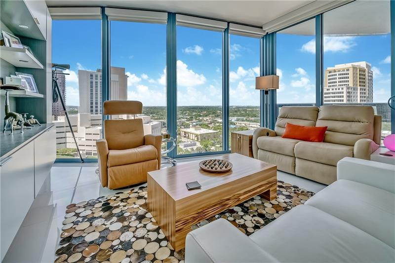 SOLD $600,000 - Las Olas Riverhouse #1901