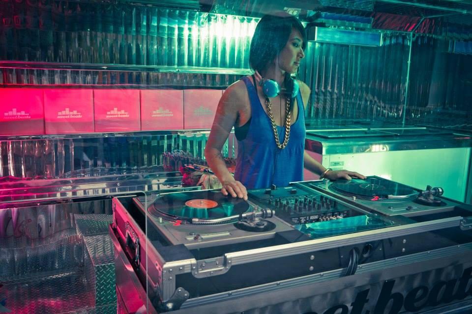Dj services Los Angeles Female DJ