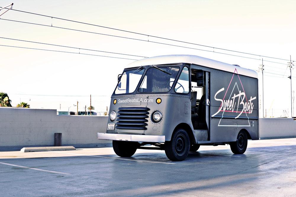 Mobile DJ Service LA city