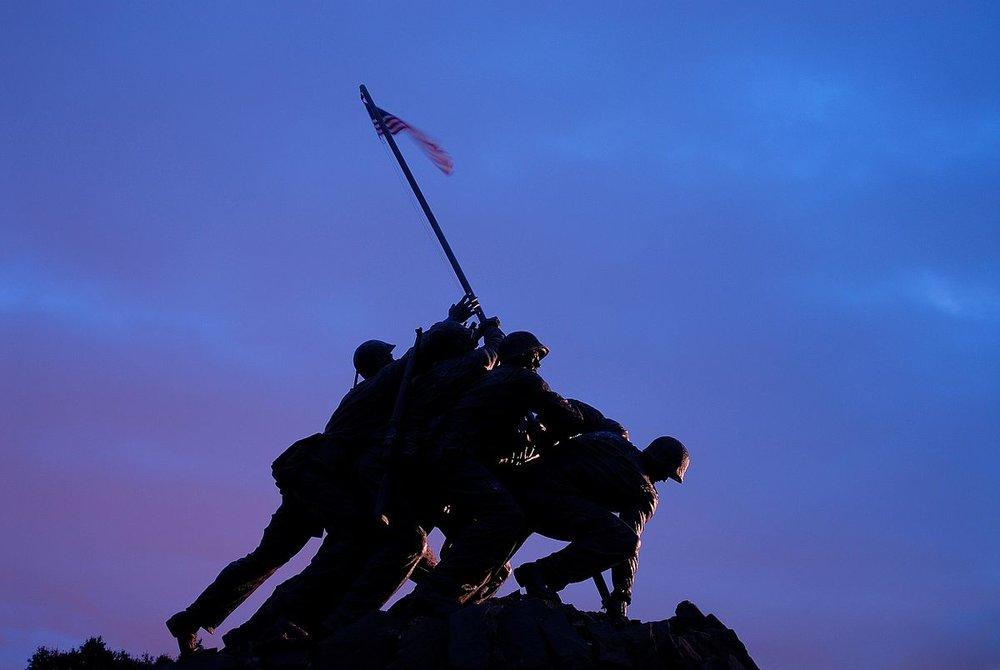 Iwo_Jima_Memorial_sunset.jpg