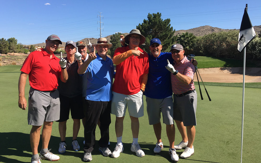 summer-golf-group.jpg