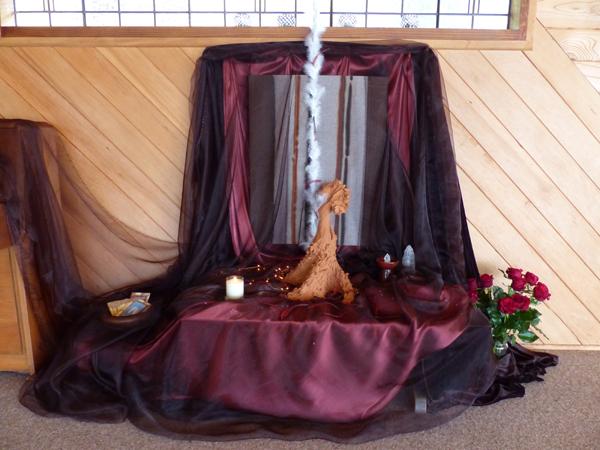 Wild Prayer Open Floor Dance Retreat  with Geordie Dec 5-7 14, Mana Retreat (1).JPG