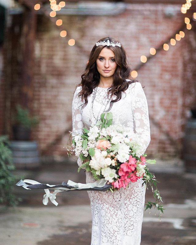Sometimes in the wind of change we find our true direction. . .  Photographer | @ashleynoelleedwards  Lead Coordinator & Stylist | @eventsbyrebecca  Boutique Rentals, Stylist & Designer | @tinrooffarmhouse  Hair & Makeup | @christireynoldsbeauty  Floral Design | @mignonfloralco  Gown | @saldanavintage  Ring | @trumpetandhorn  Ribbon | @tornandtied  Cake | @paperheartpatisserie  Catering | @root49catering  Paper Goods & Calligraphy | @stephaniesobierski  Venue | @theoldsugarmill . . . #photoshoot #wedding #bride #weddinginspo #shopidolatry