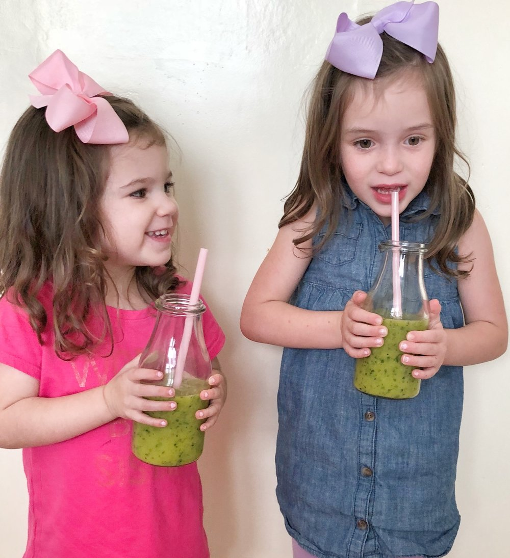 green smoothie girls.jpg