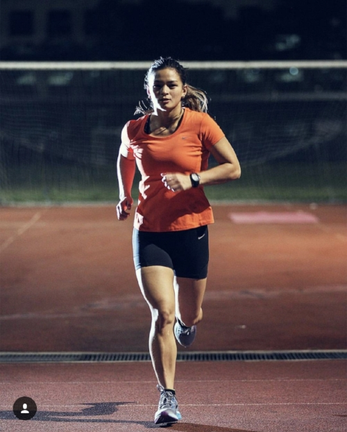 Nike+ Run Club Coach, Multi-sport Athlete, MD and Acupuncturist Ian Banzon