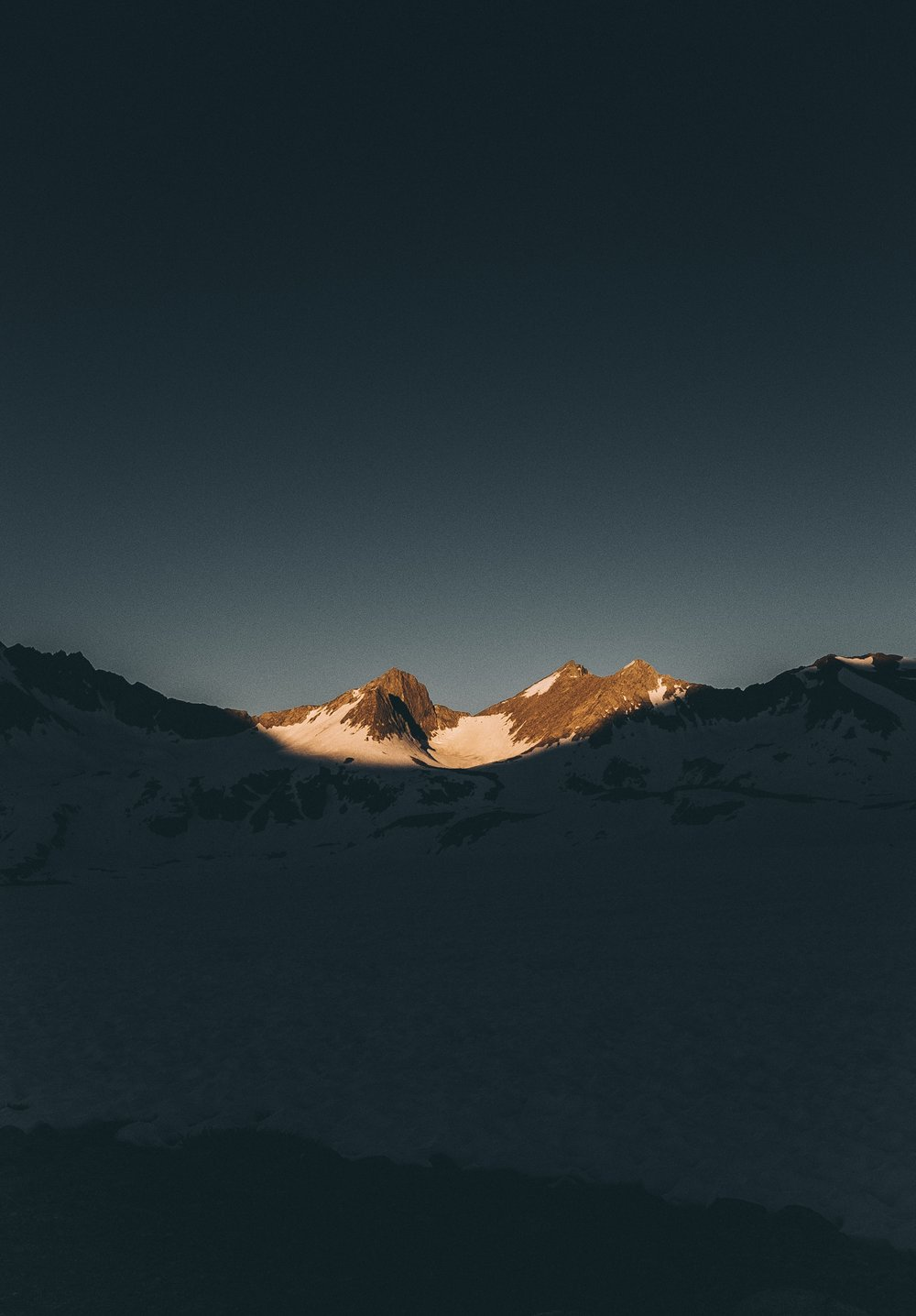 Mather Pass poking out of the darkness