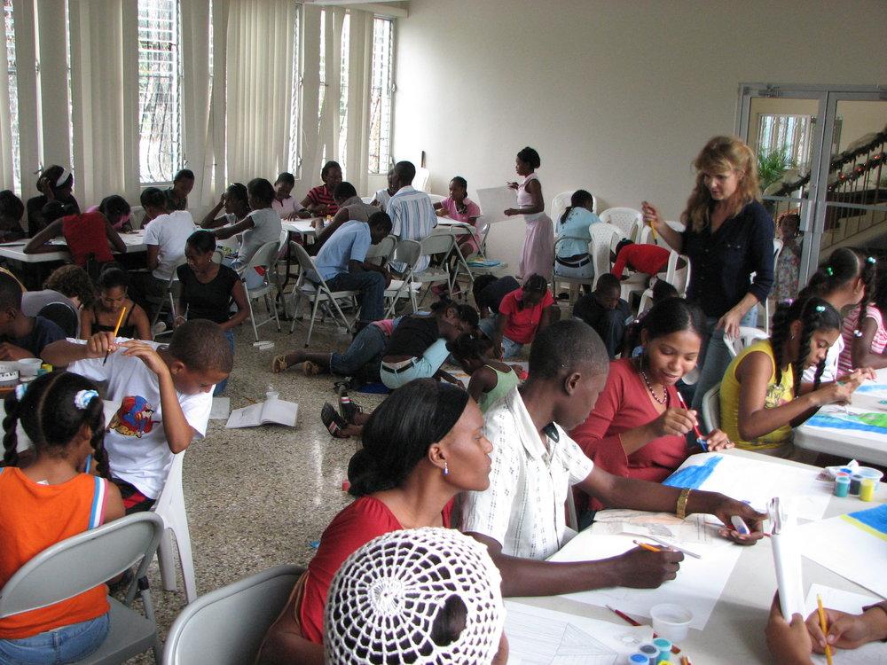 ARTCLASS barn från Haiti 6-18år.JPG