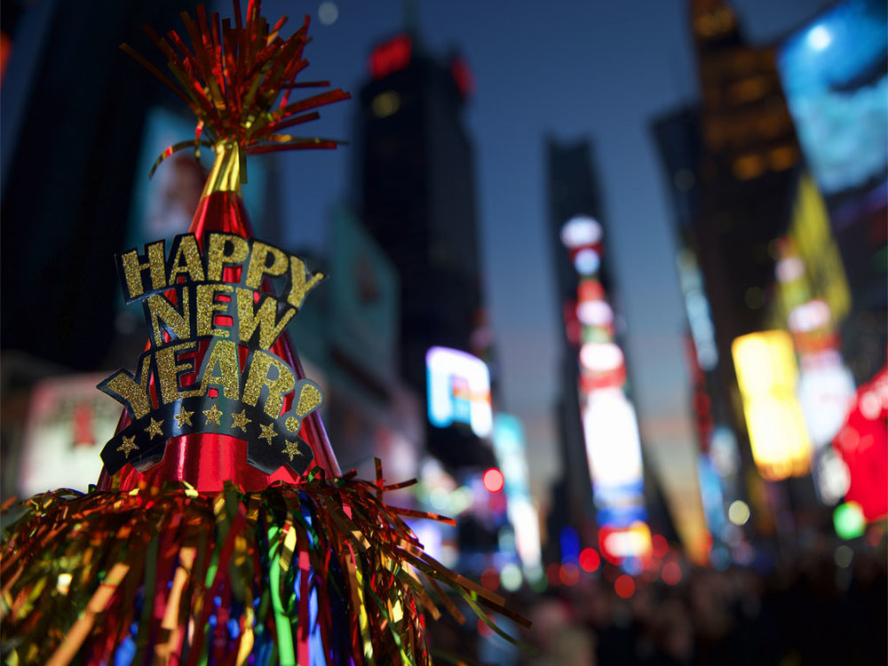 happy-new-year-hat-times-square-new-york.jpg