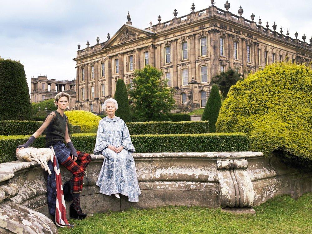 1.-Dowager-Duchess-of-Devonshire-Stella-Tennant-Chatsworth-House-Bristish-Vogue-2006-©-Mario-Testino.jpg