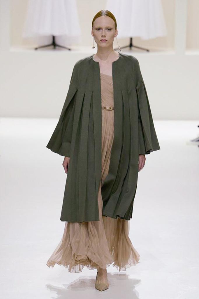 Dior Haute Couture 3.jpg