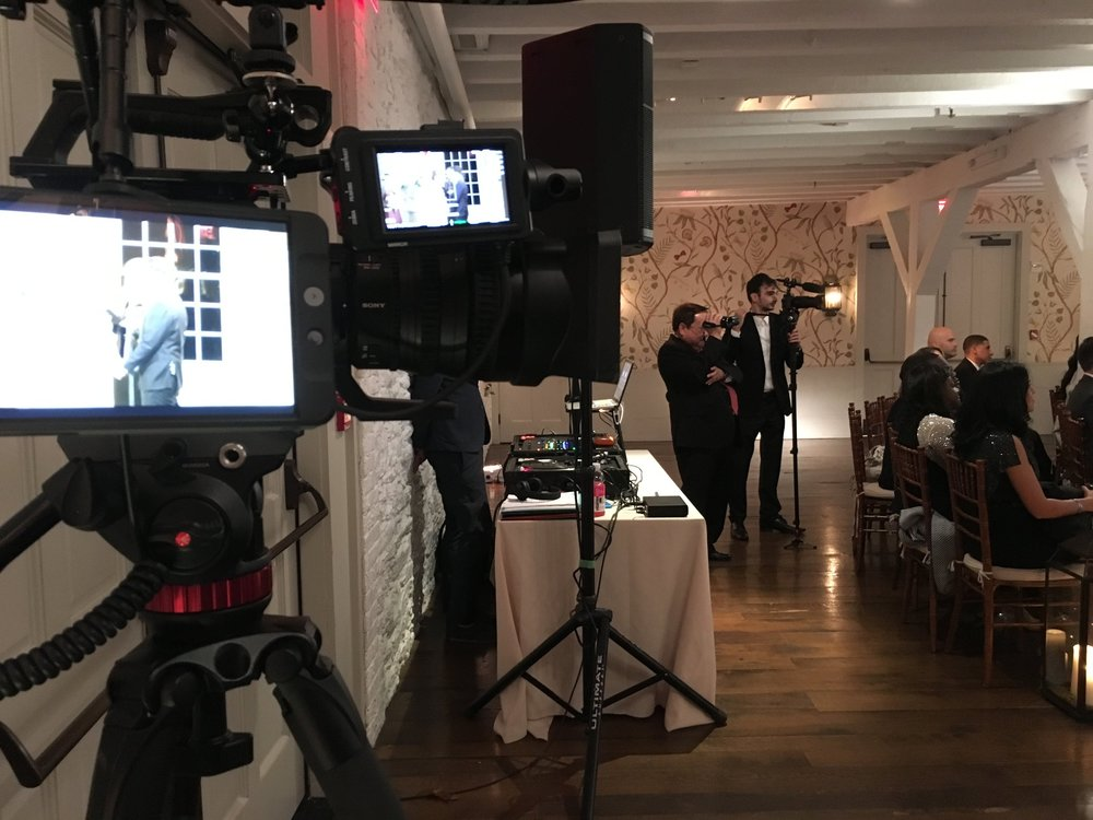 The Sony FS7 and the A7Sii in a dual camera setup - only for the best wedding videos