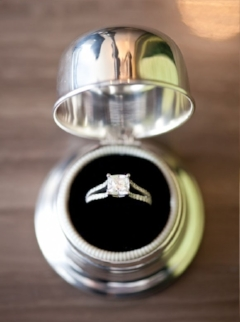 wedding ring-min.jpg