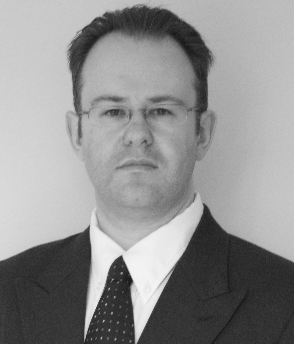 Ian Hogg is an experienced management consultant