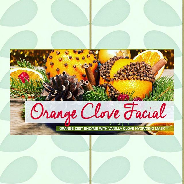 🍊🍊Holiday Facials are Here !! 🧖🏽‍♀️ 🧖🏾‍♂️🧖🏻‍♂️ Brighten✅ Hydrate ✅ Detox ✅  DM for questions including gift certificates , booking , and active ingredients! ❄️☃️Holiday Hours are still in effect for 2017!! #glowup #facials #winterwarmup #detroitbride #wellness #love #your #esthetician #naturalhealth #detroit #browsbyandy