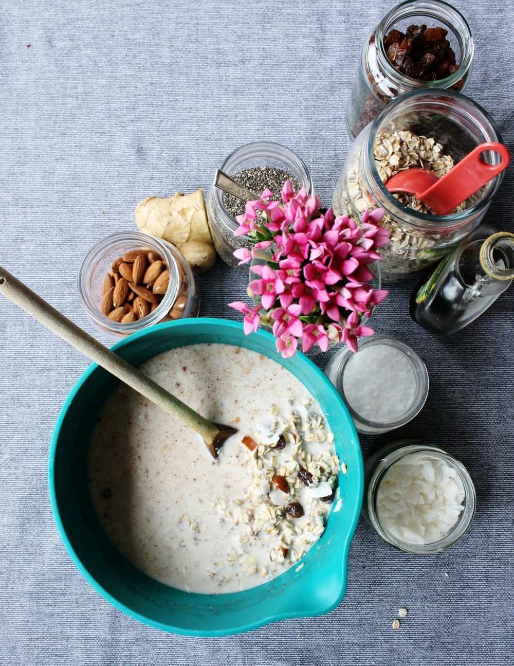 Vegan bircher muesli withh sultanas and coconut flakes | Beloved Kitchen