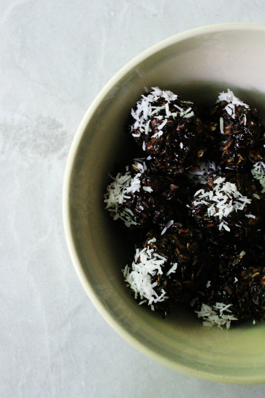 No-bake chocolate cookies (vegan & gluten free) | Beloved Kitchen