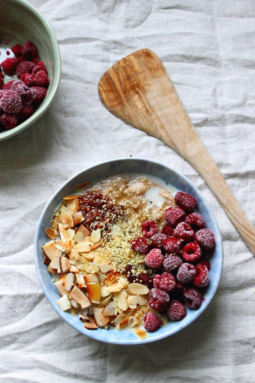 Loaded oatmeal bowls {vegan & gluten free} | Beloved Kitchen
