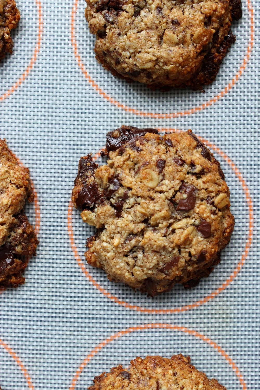 Gluten free chocolate chunk cookies | Beloved Kitchen