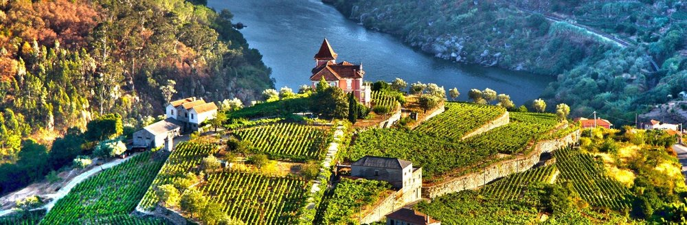 enticingdouro_PORTUGAL_DouroRiverValley_iStock_81761189_hero.jpg
