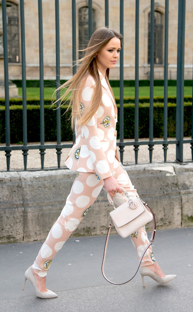 rs_634x1024-150307104345-634.8.Paris-Fashion-Week-Street-Style.jl_.030715.jpg