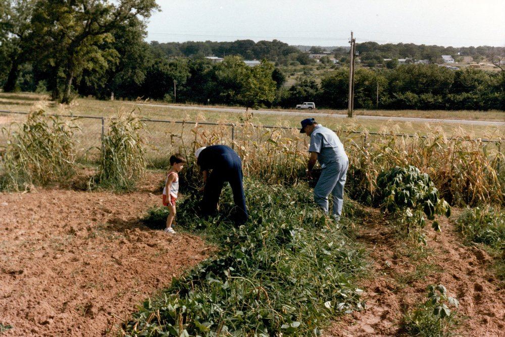 Lil' Brett was doin' work in the garden with Lloyd & G.I., circa 1984. I'm sure I was TONS of help!