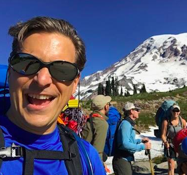 Team Lead Dan Kaplan on Mt. Rainier 2017