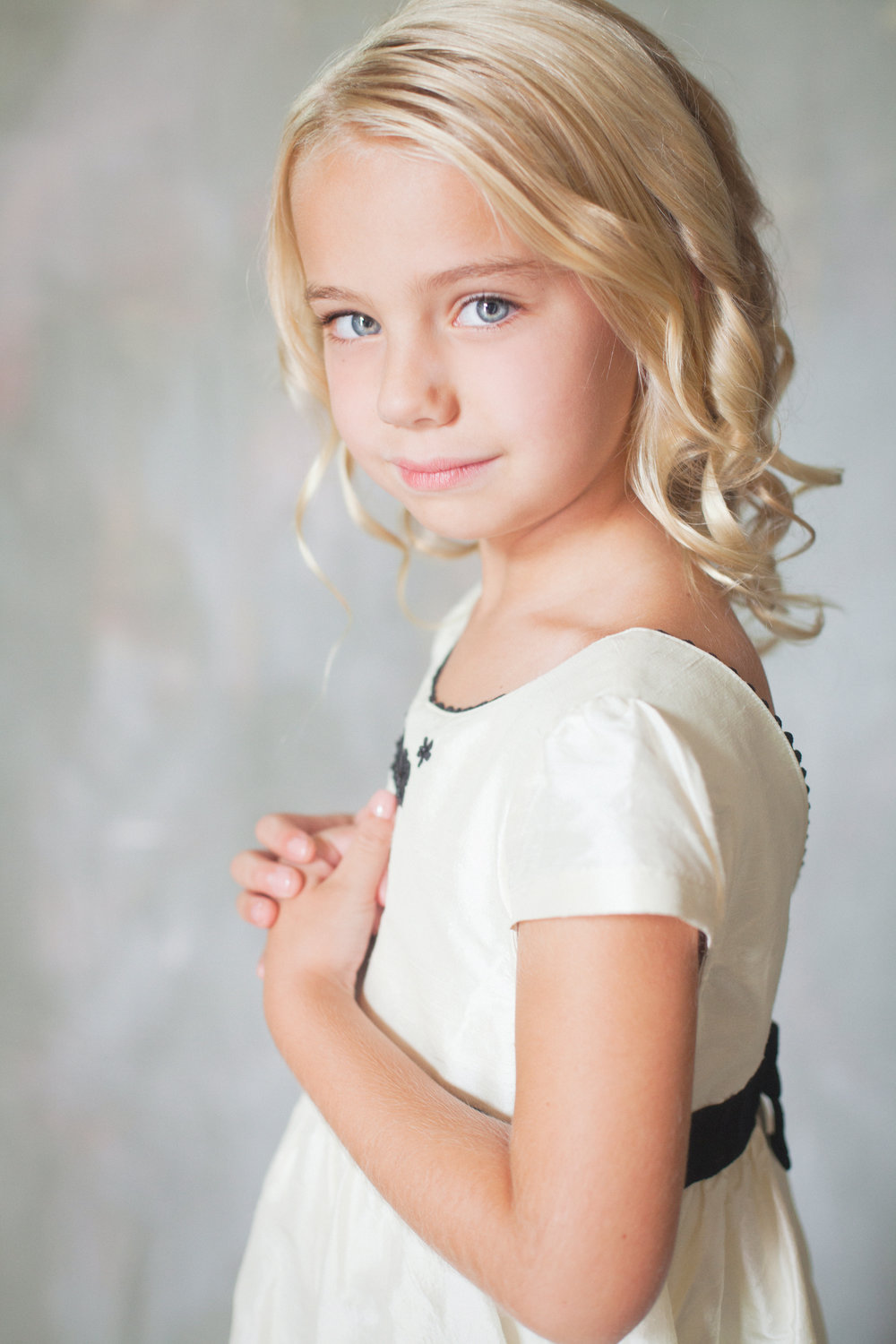 young girl - portrait of a daughter - avl