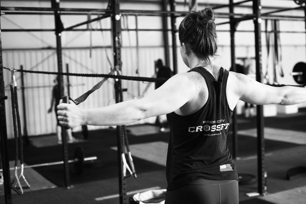 women in crossfit - girlswholift