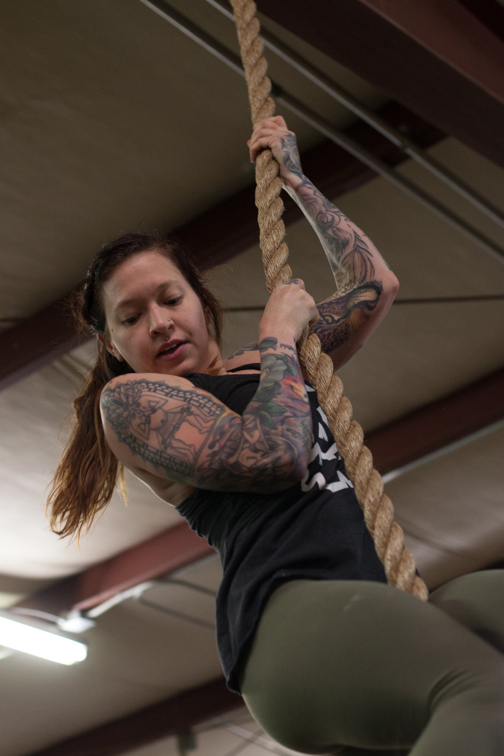 girls who lift - athletes - crossfit - women in crossfit in asheville