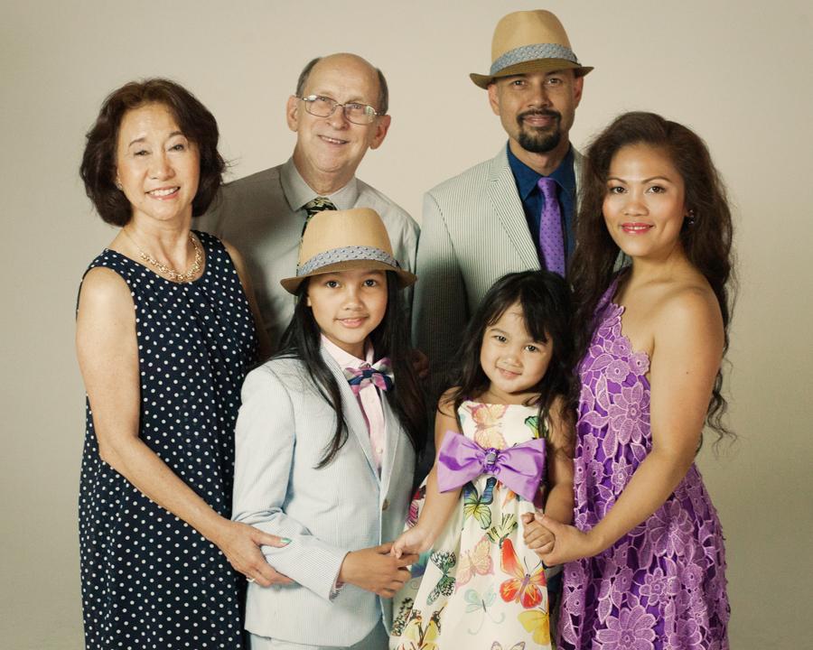 family photo shoot - traditional posing
