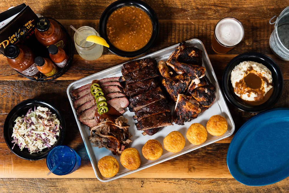 Dinosaur Bar-B-Que  Family Stylin'  platter, photo by Brent Herrig